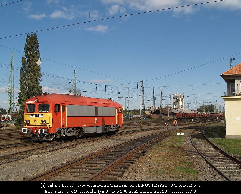 The M41 2153 at the exit of the Debrecen depot photo