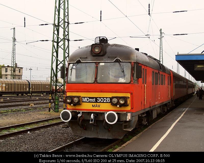 MDmot 3028 Debrecen állomáson fotó