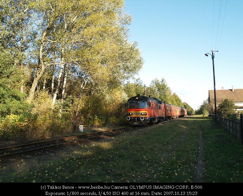MDmot 3028 Hajdúbagos megállóhelyen fotó