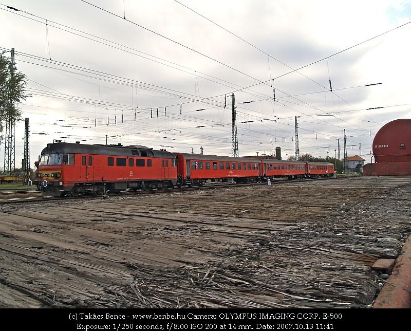 MDmot 3032 Debrecen állomáson fotó