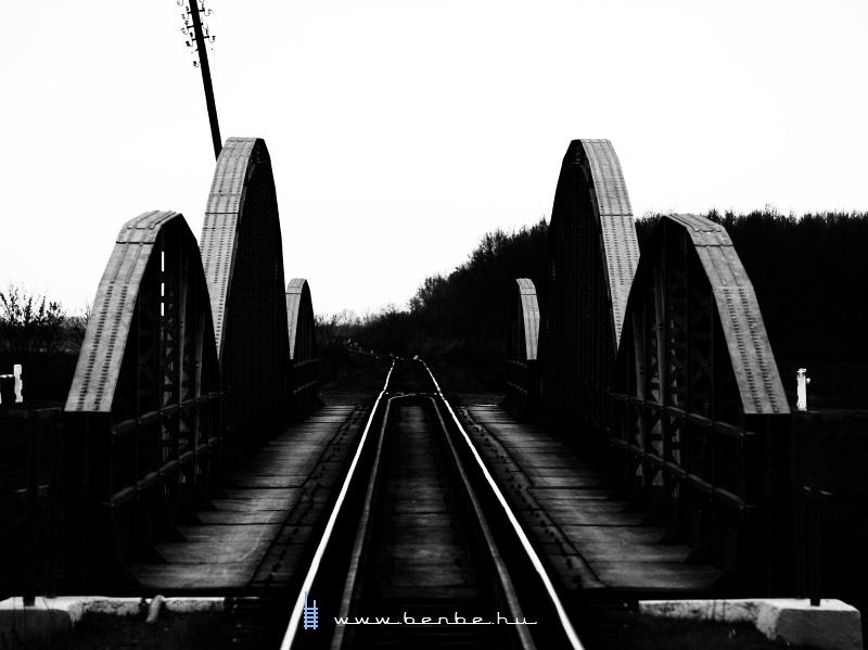 A Berettyó-híd Pocsajnál fotó
