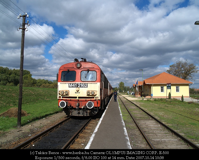 The M41 2162 at Tiborszállás photo