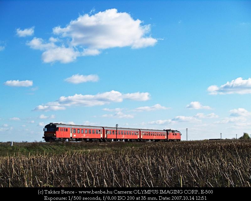 MDmot 3020 Nagyecsed határában fotó