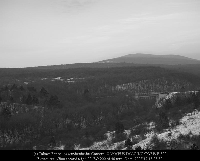 A déli völgyhíd fotó