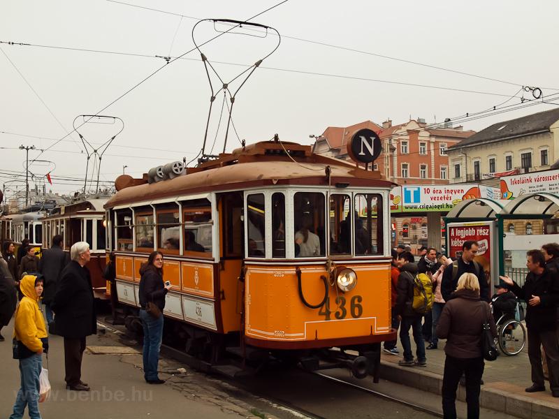 A BKV 436-os nosztalgiavill fotó