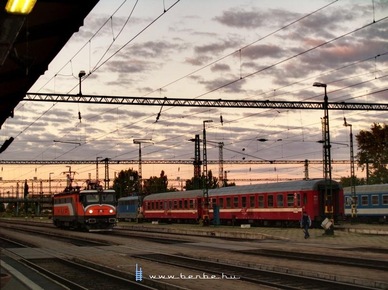 Az MMV 047 0040-1 pályaszámú mozdonya Békéscsabán fotó