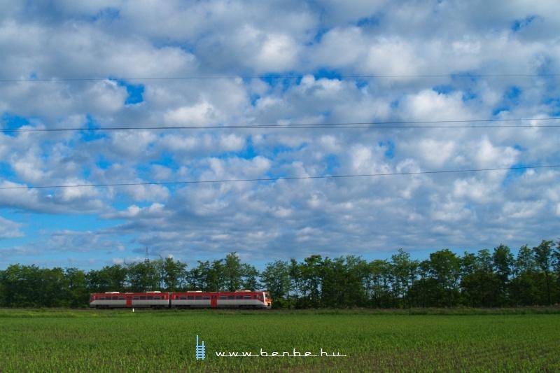 6341 028-6 Békéscsaba és Fürjes között fotó