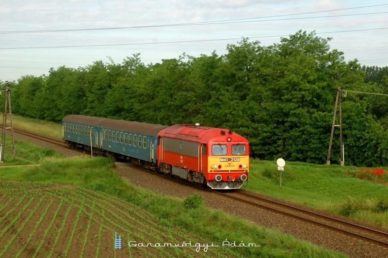 M41 2128 Békéscsaba és Fürjes között fotó