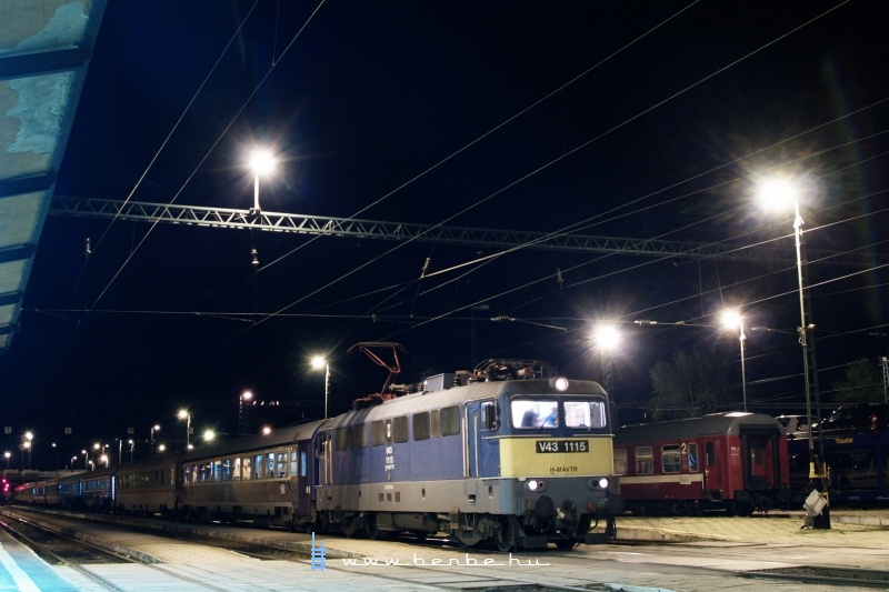 V43 1115 B�k�scsab�ra �rkezett a Dacia EuroNight-tal Bukarestb�l fot�