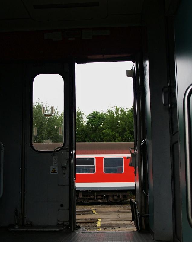 Piroskocsik fotó