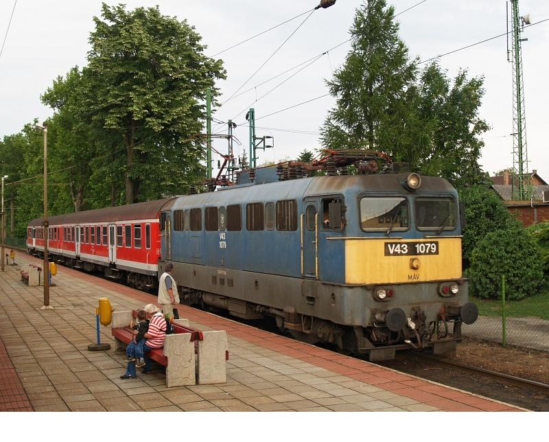 V43 1079 Balatonmáriafürdõn fotó