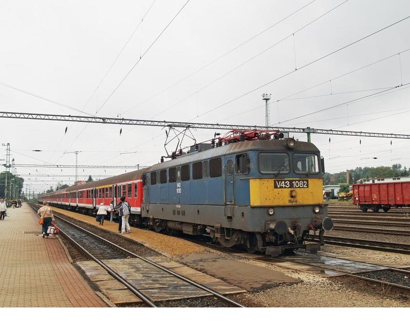 V43 1082 Nagykanizsán fotó