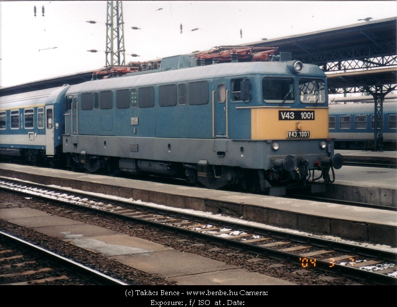 V43 1001 a Keleti pályaudvaron fotó
