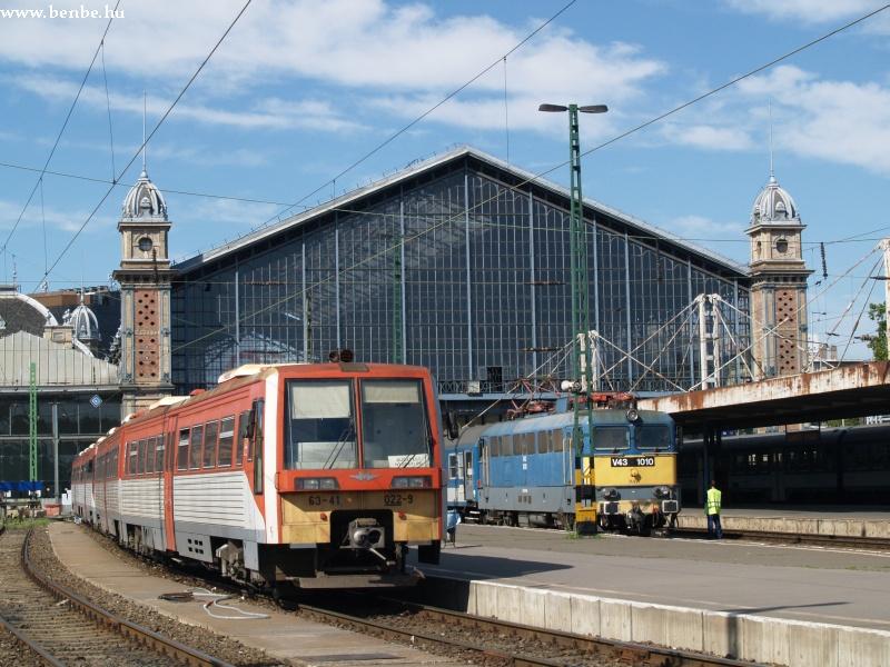 A 6341 022-9 a Nyugati pályaudvaron fotó