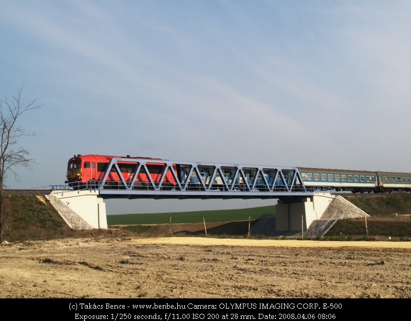The M41 2191 on the new bridge over road 710 photo