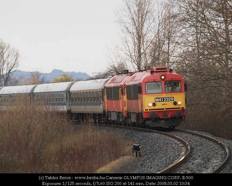 M41 2329 Nemesgulács-Kisapátiba érkezik fotó
