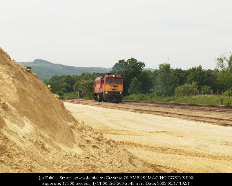 M62 120 érkezik Lesencetomajra fotó