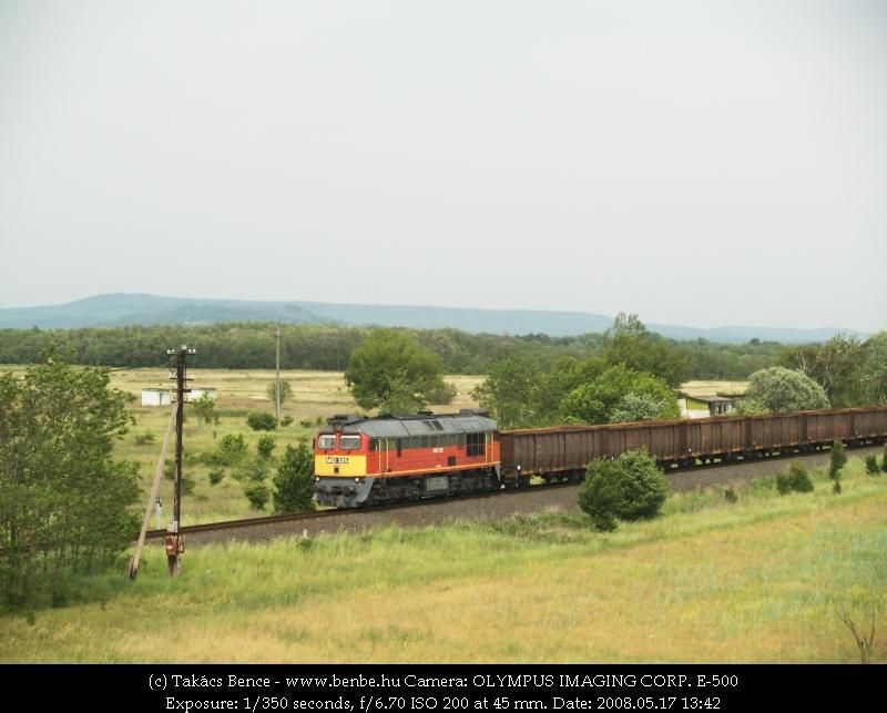 M62 325 érkezik Lesencetomajra fotó