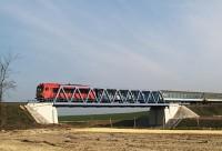 M41 2191 a 710-es út fölötti új hídon