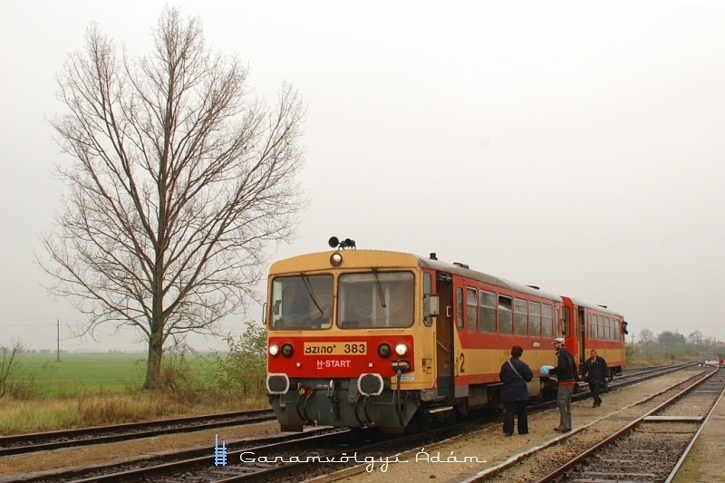The Bzmot 383 at Tiszaszõlõs photo