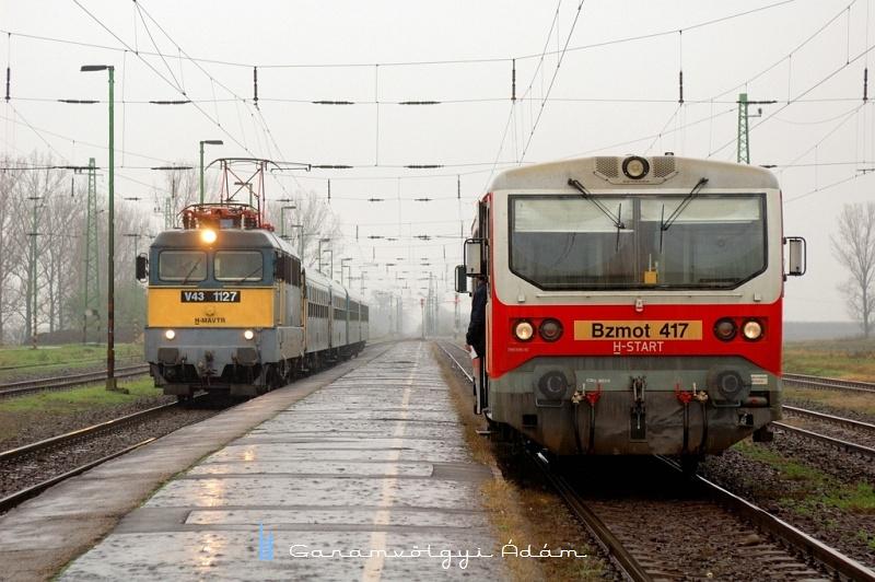 V43 1127 és Bzmot 417 Görögszálláson fotó