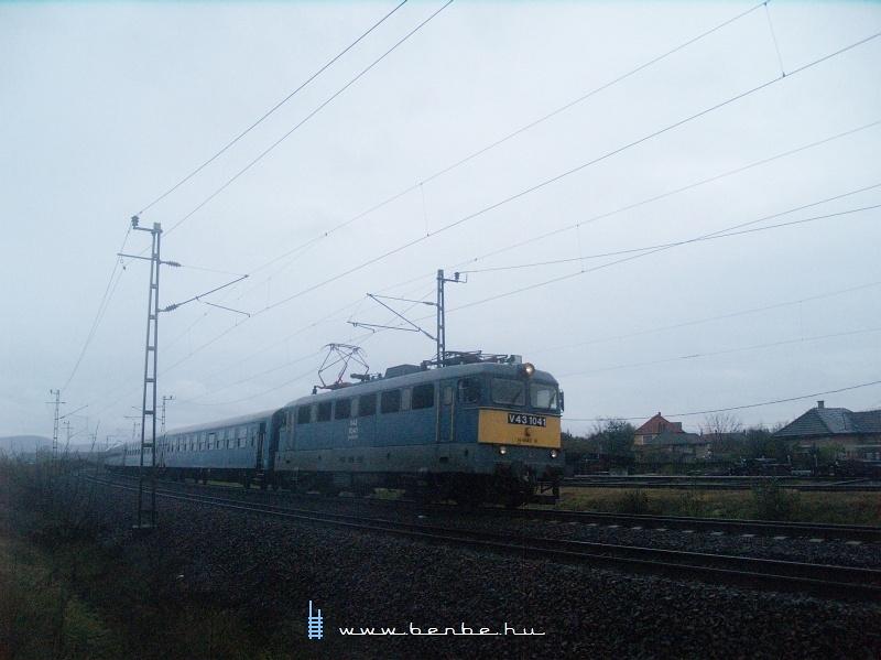 V43 1041 Szerencsen fotó