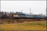 V43 1105 arriving  at Onga�jfalu