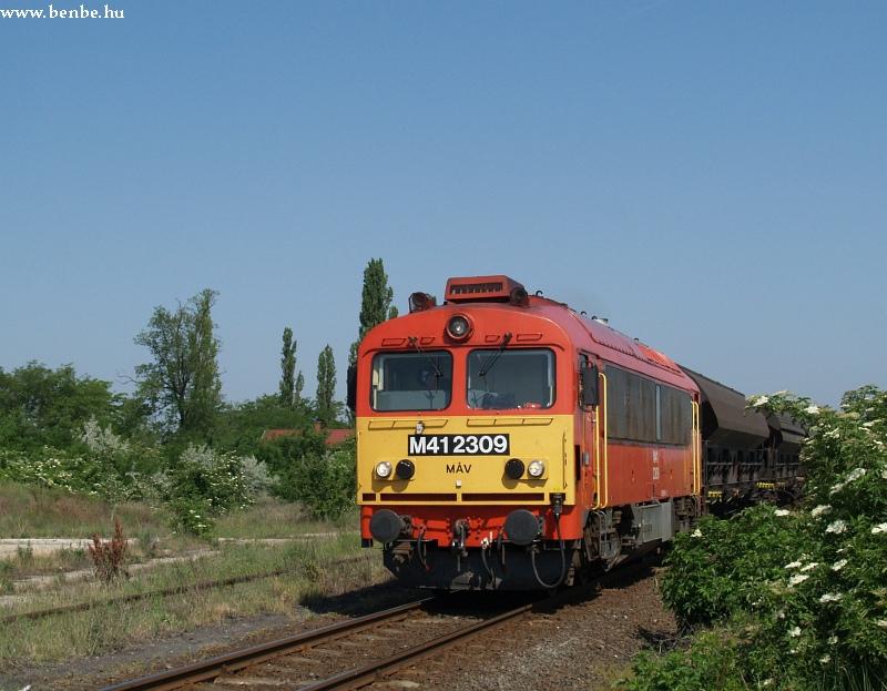 M41 2309 Bodakajtor-Felsõszentiván megálló-rakodóhelyen fotó