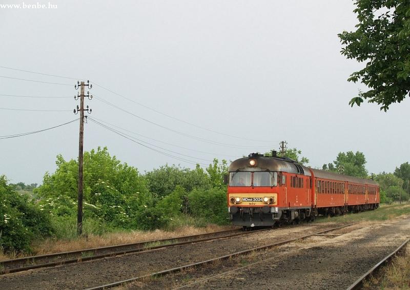 MDmot 3024 Aba-Sárkeresztúr állomáson fotó