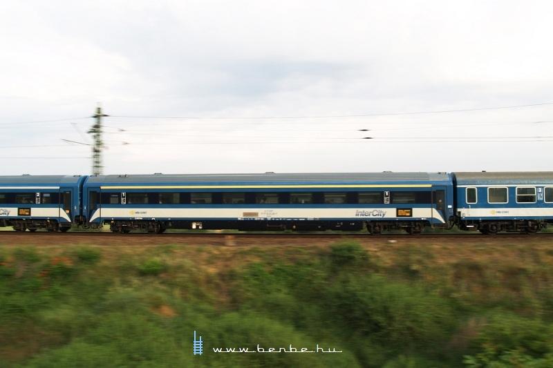 Harmadik generációs (3G) IC-kocsi (elsõ osztályú) fotó