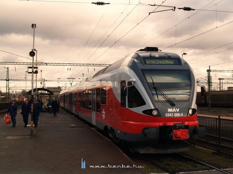 5341 006-4 Székesfehérváron fotó