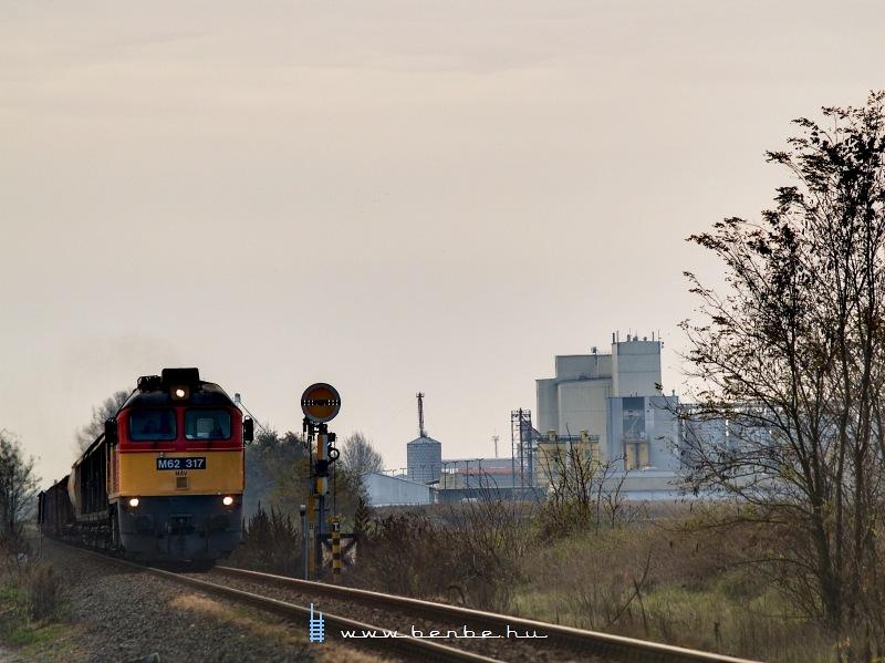 M62 317 Nagyigmánd-Bábolna után fotó