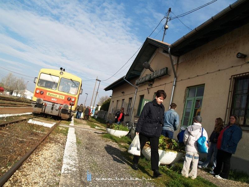 Bzmot 311 Nagyigmánd-Bábolnán fotó