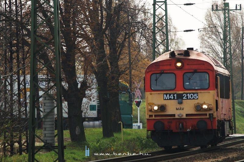 M41 2105 Komáromban fotó