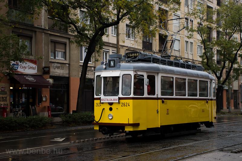 The BKV G-típus 2624 seen a picture