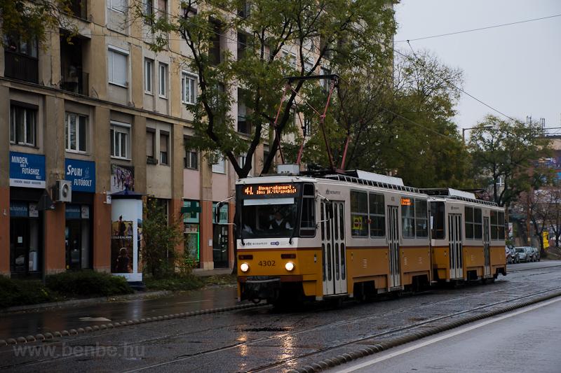 A BKV Tatra T5C5 4302 Fehér fotó