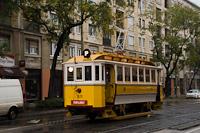 A BSzKRt (eredetileg BKVT) S-típus 1820 a Fehérvári úton