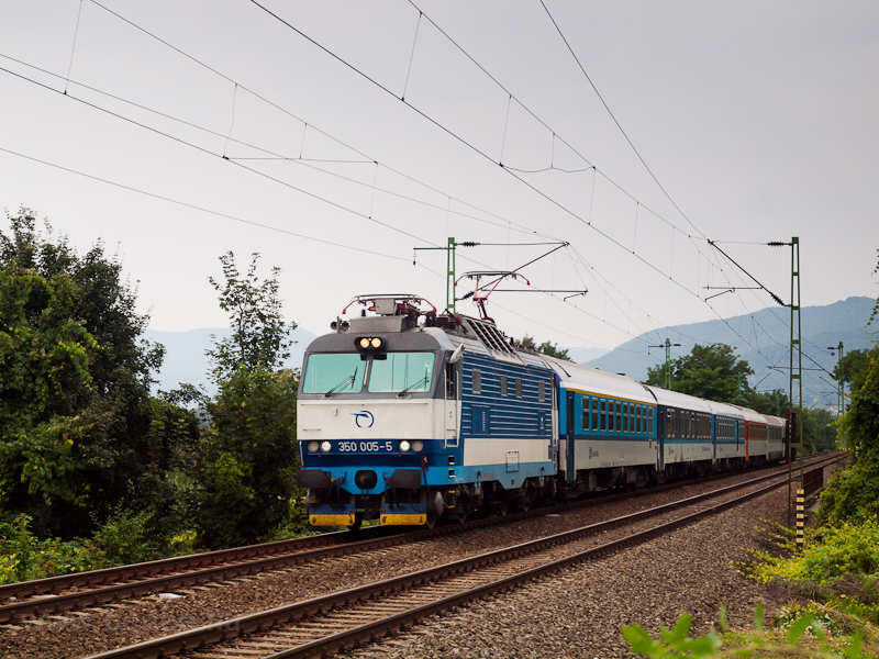 The ŽSSK 350 005-5 see photo