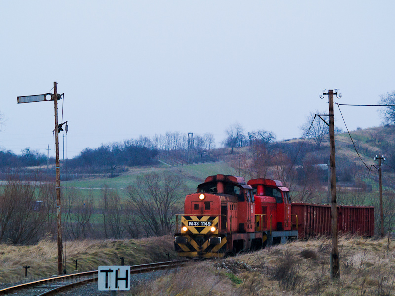 The MÁV M43 1149 seen between Tolmács and Diósjenő photo