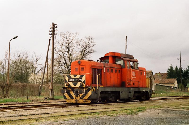 A MÁV-TR M43 1159 Mátramindszent állomáson  fotó