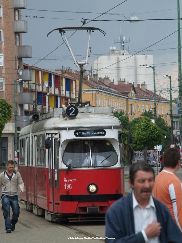 A 2-es villamos Miskolcon fotó