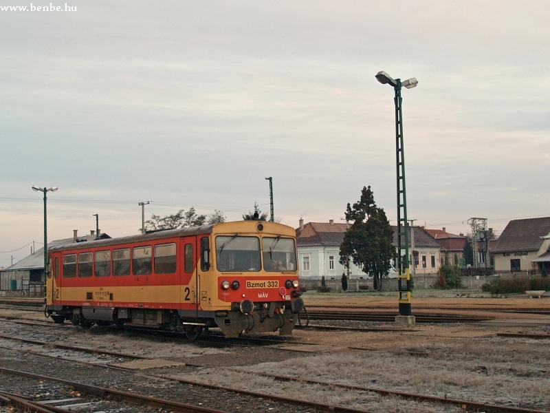 Bzmot 332 Putnok állomáson fotó