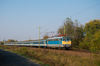 The MÁV-START 431 015 seen between Monorierdő and Pilis