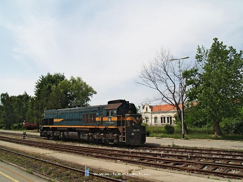 2 062 025 Eszéken fotó