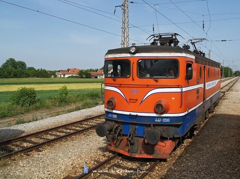 A ŽRS 441 095 Slavonski Šamacban fotó