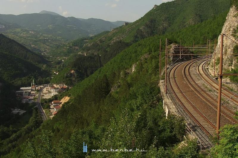 Egy igen eltalát fotó Ovcari állomásról fotó