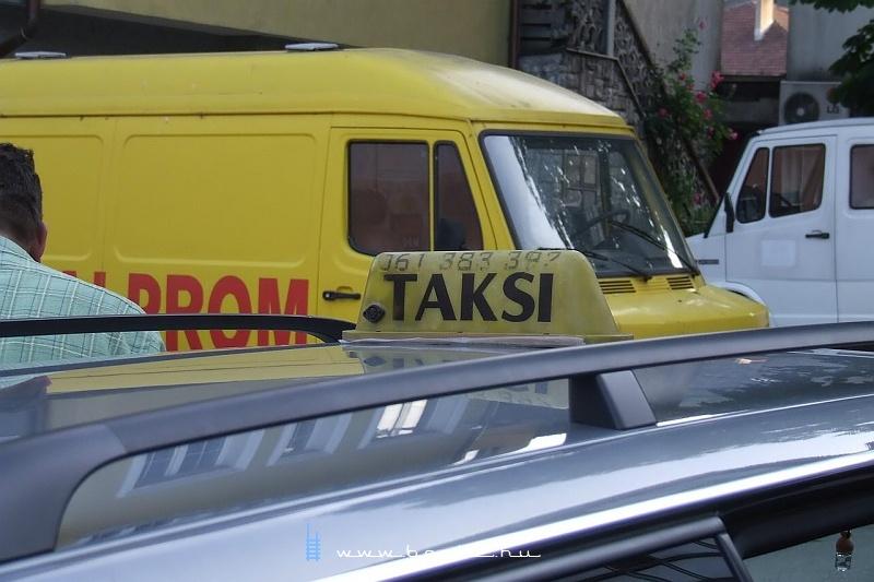 Taksi Konjicban fotó