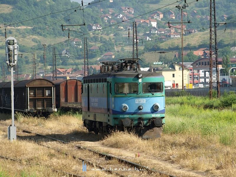 A zöld 441-404 Zenicában fotó