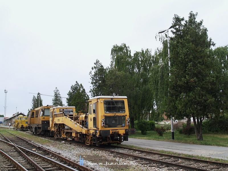 Aláverõgép Eszéken fotó