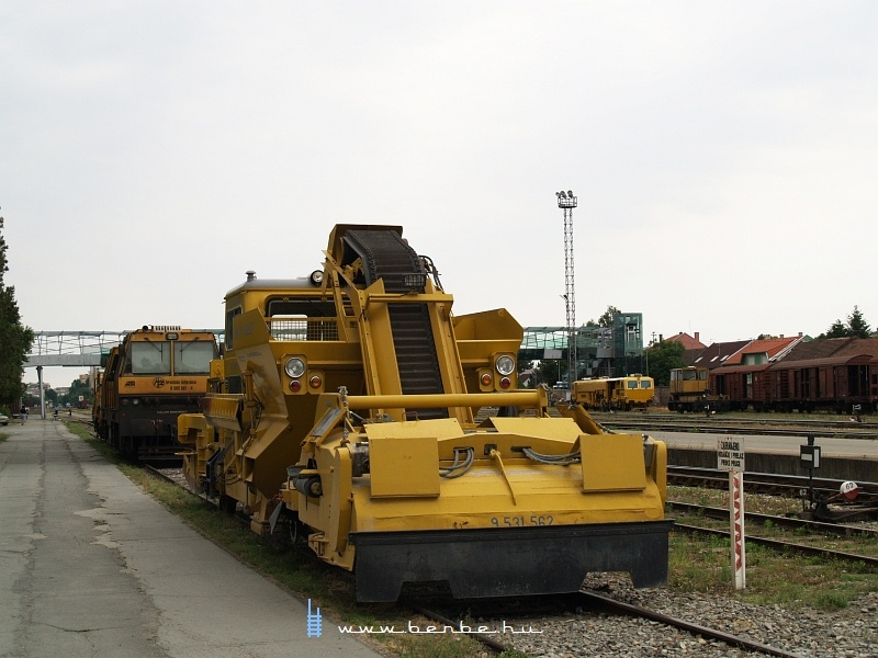 PFT gépek Eszéken fotó